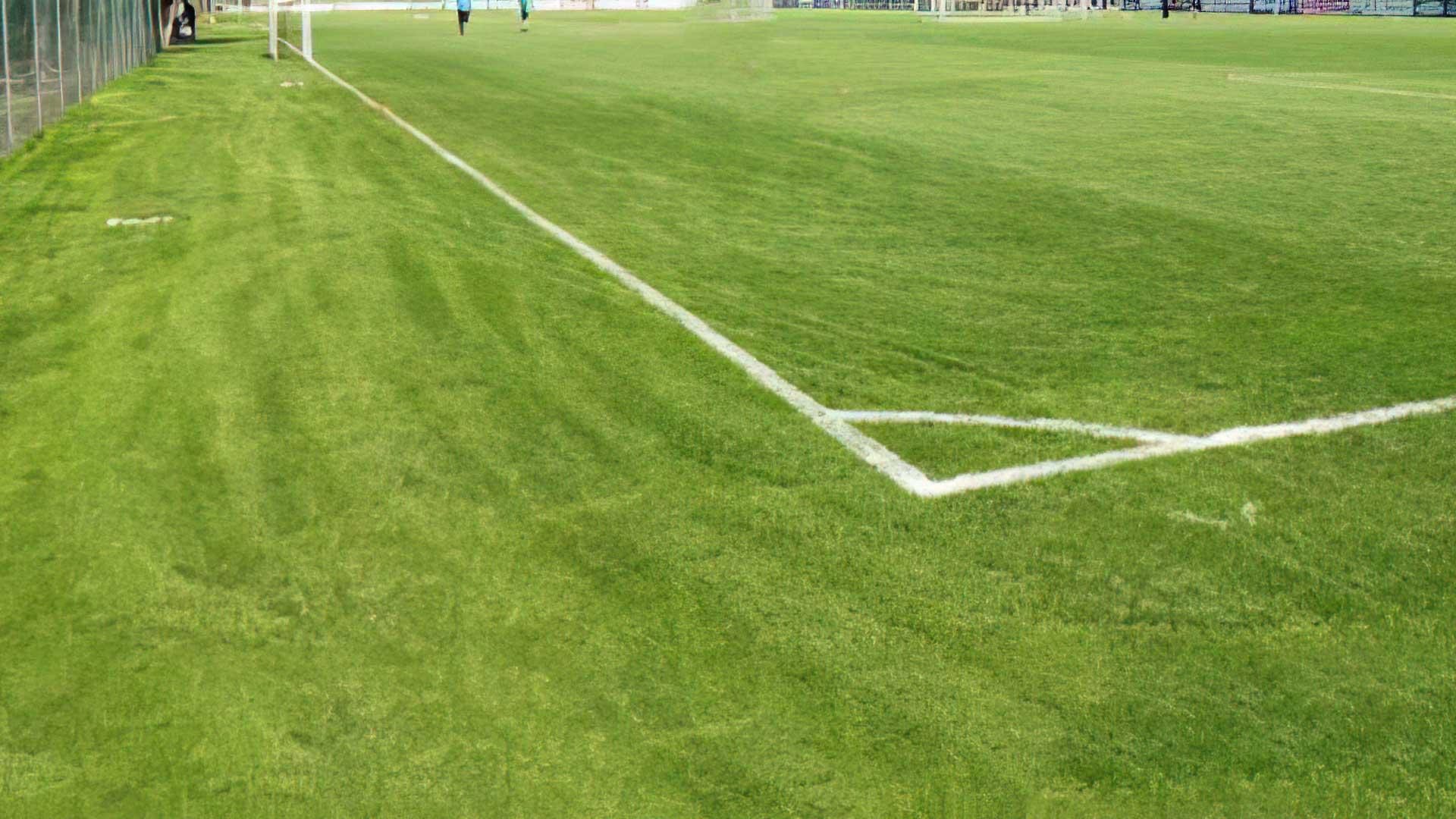 RIFACIMENTO campo sportivo di Poscante in sintetico.
